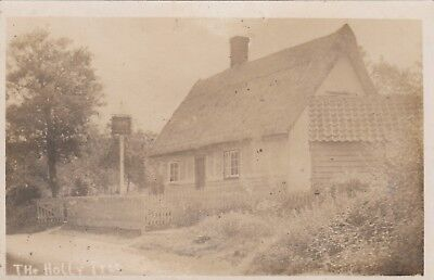 Real Photo THE HOLLY TREE Public House WHERE ? Can you help please ?
