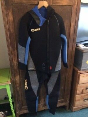 Mares Two Piece Dive Suit - Antartica  7mm - Size 6 Med / Large - Semi Dry