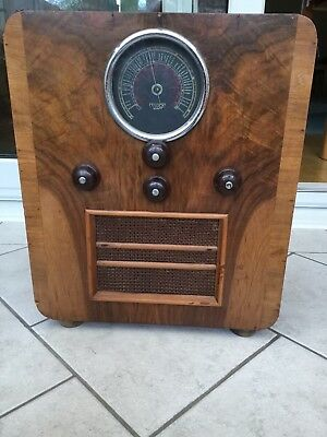 pegasus vintage radio, 1936 working. In lovely condition.