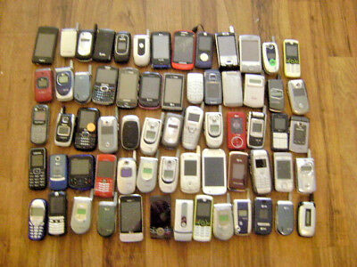 Lot of 65 Cellphones For Scrap And Gold Recovery As Is Lot # 401