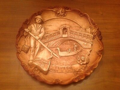 Italian Souvenir of Venice Hanging Plate with Famous Landmark in 3D