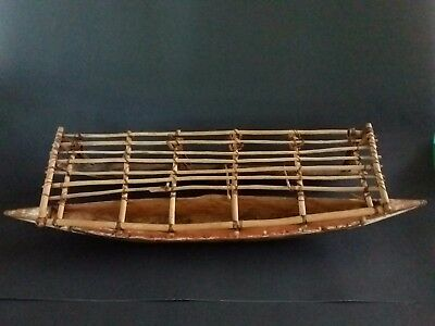 Vintage PAPUA NEW GUINEA Model Canoe OUTRIGGER
