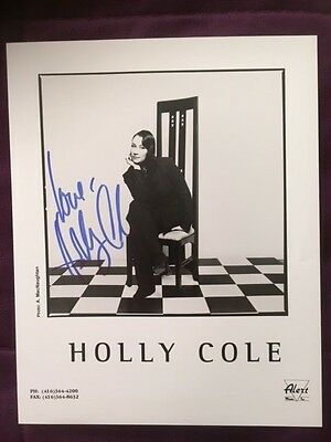 Holly Cole Autographed Signed Photo IP