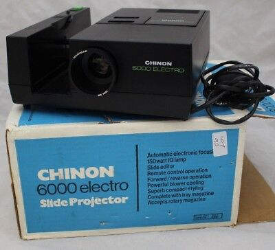 CHINON 6000 35mm Slide Projector with Remote BOXED - 250