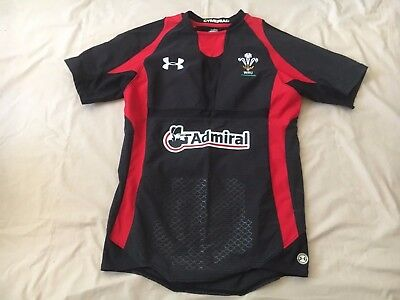 Wales Rugby Union Under Armour Away 2011-2013 Jersey Size Medium