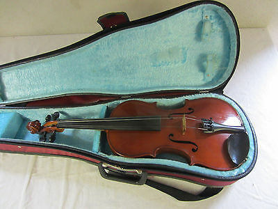 an older Violin 4/4 with Case Nr 2268