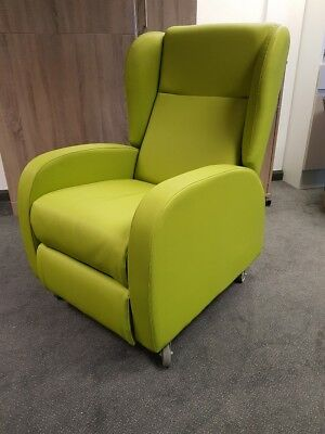 Pardo Green Recline Chair with Easy Clean Fabric