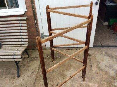 RUSTIC PINE CLOTHES AiRER