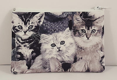 Gorgeous Walking Cats Grey Fabric Handmade Zippy Coin//Card Purse Storage Pouch
