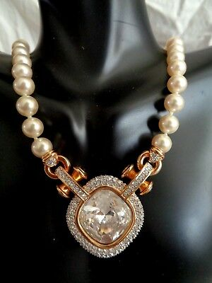 Vintage cushion cut Swarovski crystal swan logo knotted faux pearls necklace NEW