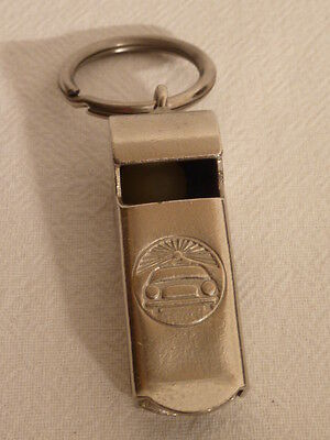 VINTAGE METAL REFEREE WHISTLE POLICE CAR  / Sport