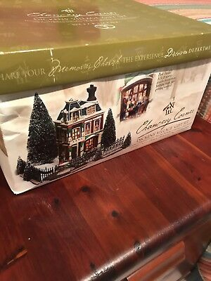 Retired Department 56 Dickens' Village Chancery Corner Gift Set Le