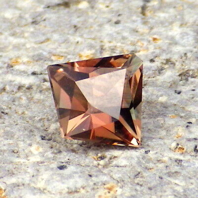PINK-COPPER OREGON SUNSTONE 1.0Ct FLAWLESS-SMALL RING SIZE-FOR TOP JEWELRY!