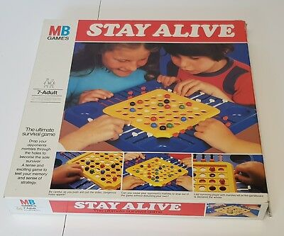 1975 Vintage MB GAMES STAY ALIVE STRATEGY GAME 100% COMPLETE