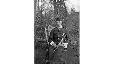 PHOTOGRAPHIC GLASS NEGATIVE VICTORIAN ARMY OFFICER WITH SWORD c1900 SUPER IMAGE