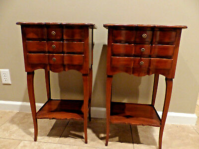 Vintage John Widdicomb French Provincial Nightstands End Table Cherry Finish