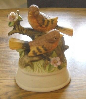 Robin Porcelain Bird Figurine
