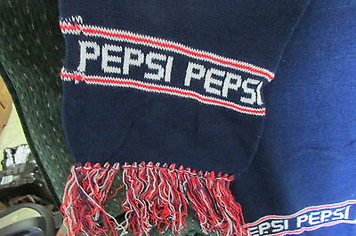 Pepsi Knit Scarf---New---(3386)