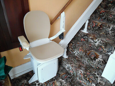 Acorn Straight & Curved Stairlift / Chair Lift