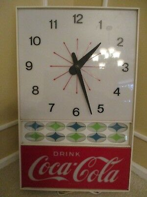 Vint Drink Coca Cola Lighted Sign And Clock Works Very Good Condition Nr