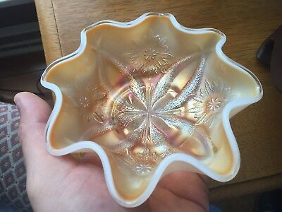 Old Carnival Glass Four Flowers Peach Opalescent Ruffled Bowl Dugan