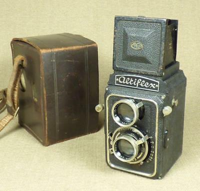 "EHO-ALTISSA ""ALTIFLEX I"" - 1937 TLR CAMERA with Leather Case - Dresden, Germany"