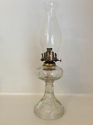 KEROSENE OIL LAMP clear glass MADE IN BRITAIN working condition