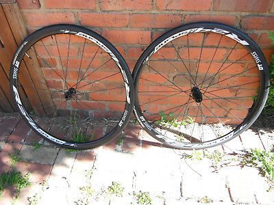DT swiss R24 road CX Gravel disc wheelset used 11-speed centerlock + giant tyres