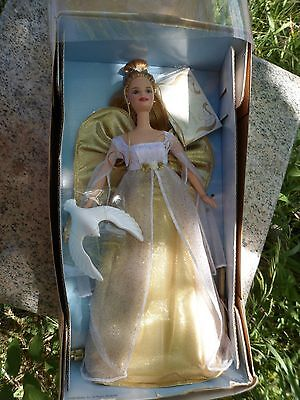 Angelic Inspirations Barbie Holiday Angel Blonde Avon Exclusive Dove NRFB 1999