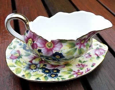 REGAL Miniature Gravy/Sauce Boat  and Stand, Collectable