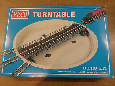 PECO LK55 00 SCALE Turntable Bought but never used  (WITH MOTOR)