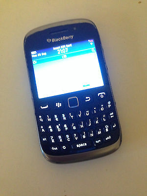 4 Gb Blackberry Curve unlocked mobile phone