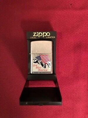 New Vintage Zippo Lighter Chrome Finish & God Bless America Mount Rushmore Rare