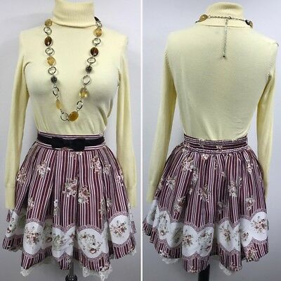 3pcs   Womens Clothing Lot Outfit Size Small Top Small, Necklace, Skirt