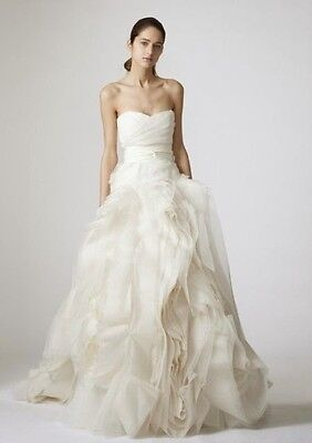 custom made VERA WANG STYLE WEDDING DRESS (AUS SIZE 6-8)