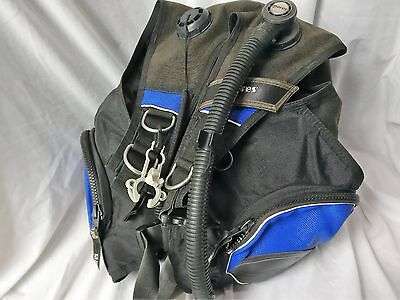 Mares Blue Vector Chrome SCUBA diving BCD jacket Size M back protection system