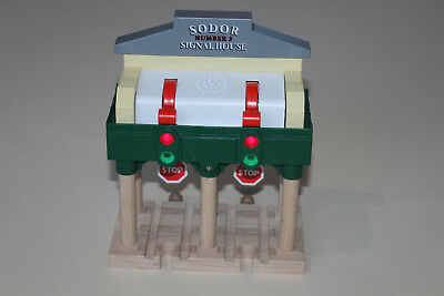 Thomas The Tank Engine Wooden Railway Deluxe Over The Track Signal lights sounds