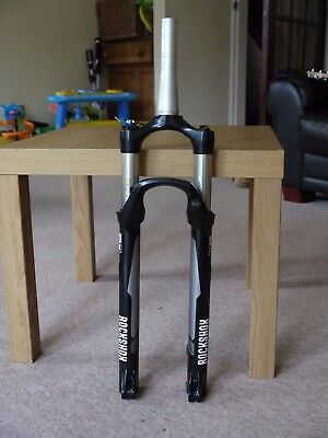 A Pair Of Rockshox Reba Rlt 29Er 29 Forks 100Mm Travel Working But No Axle