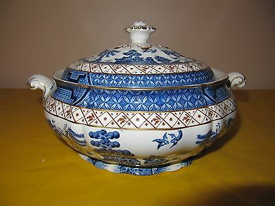 BOOTHS REAL OLD WILLOW LIDDED TUREEN DISH 1.5Pt approx, chip on lid's handle