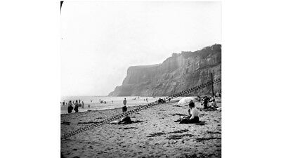 PHOTOGRAPHIC GLASS SLIDE SHANKLIN SANDS BEACH ISLE OF WIGHT c1890 FANTASTIC!