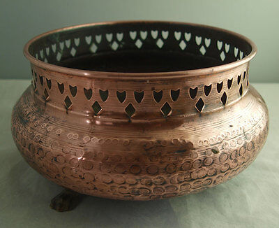 Vintage Copper Planter Or Jardiniere