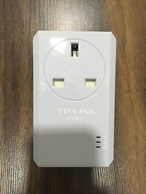 TP-Link AV500 Powerline Adapter with AC Pass Through TL-PA4010P Single Plug