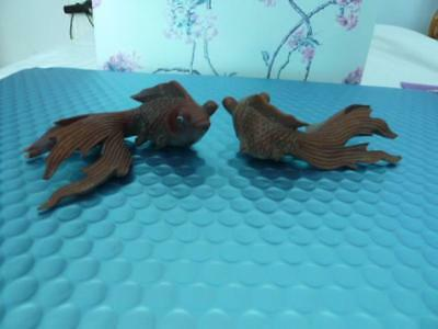 Pair Of Antique Oriental Hand Carved Antique Koi Fishes Netsuke