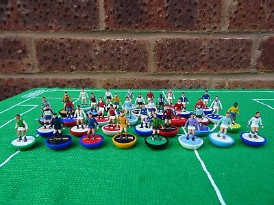 35 x Subbuteo Heavyweight players - All 35 FROM A DIFFERENT TEAM - NICE JOB LOT