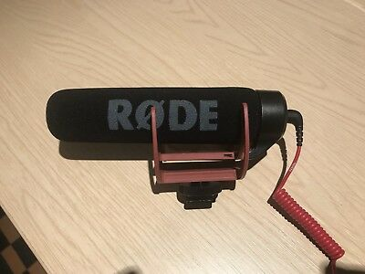 Rode VideoMic GO On-Camera Mic for DSLR Directional Shotgun Microphone
