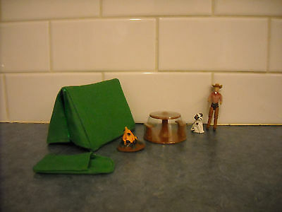 Lot Miniature Breyer Stablemate Camping Playset Accessories Tent Table Dog Fire