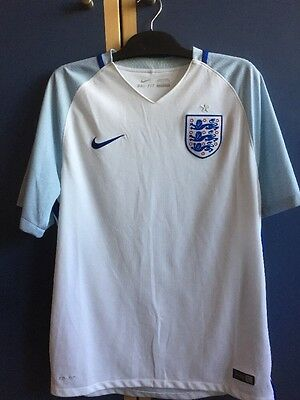 WHITE ENGLAND SHIRT SIZE L In Great Condition