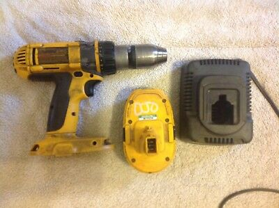 """DEWALT DW988 1/2"""" 18 VOLT CORDLESS HAMMER DRILL with BATTERY & CHARGER(NO CASE)"""