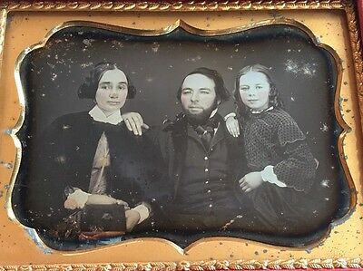 Pretty Young Family Beautiful Child Girl Tint 1/4 Case Daguerreotype Photo D231