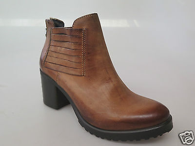 Italian Beltrami - new ladies leather ankle boot size 37 #123 *FINAL CLEARANCE*